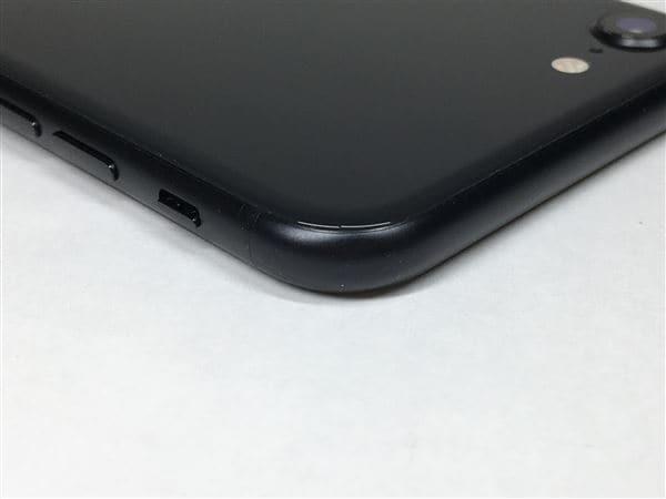 【中古】【安心保証】 iPhoneSE 第2世代[64GB] au MX9R2J ブラック