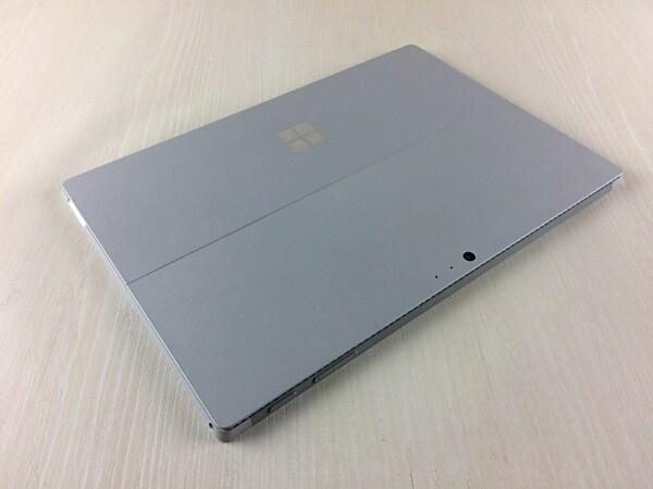 【中古】【安心保証】 Surface PRO 4[256Gオフィス無] シルバー