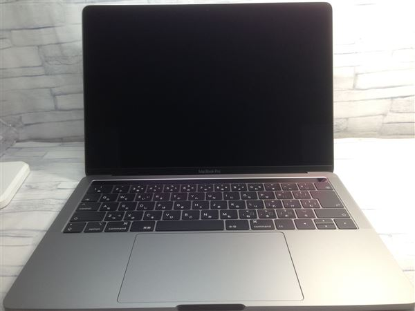 【中古】【安心保証】 アップル ノートPC MR9Q2J/A